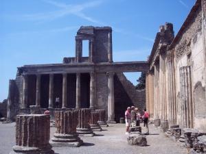 Pompeii ruins